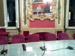 specchiato-in-sala-rossa-riunioni-abi